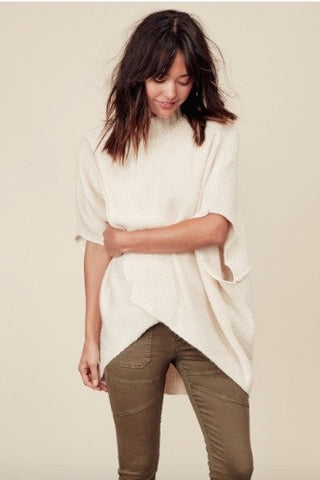 Slash Front Sweater Shirt Top Cream