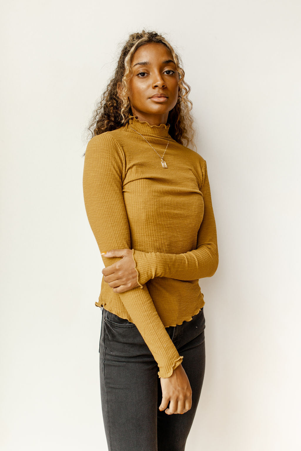 Caroline ribbed mock neck