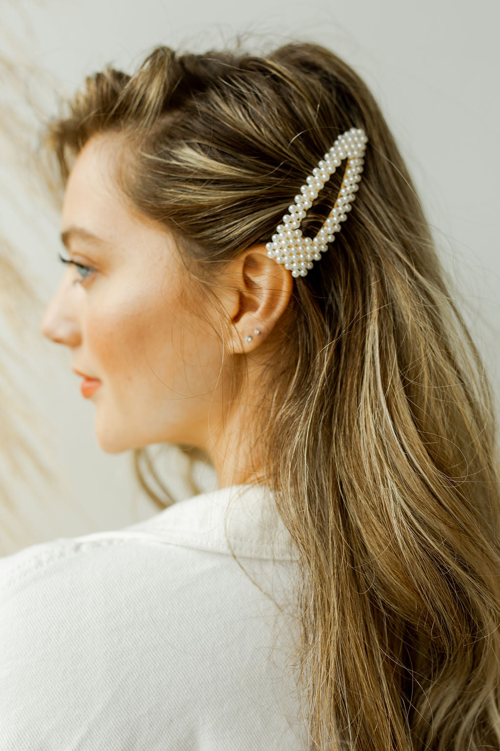 mode, mother of pearl hair clip