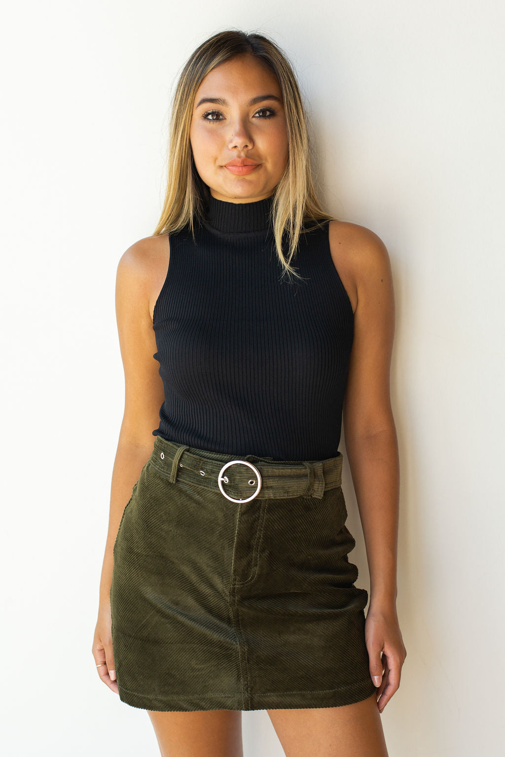mode, smooth moves turtle neck crop