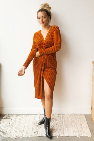 mode, velvet plunge knot dress