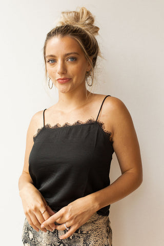 front twist cropped top
