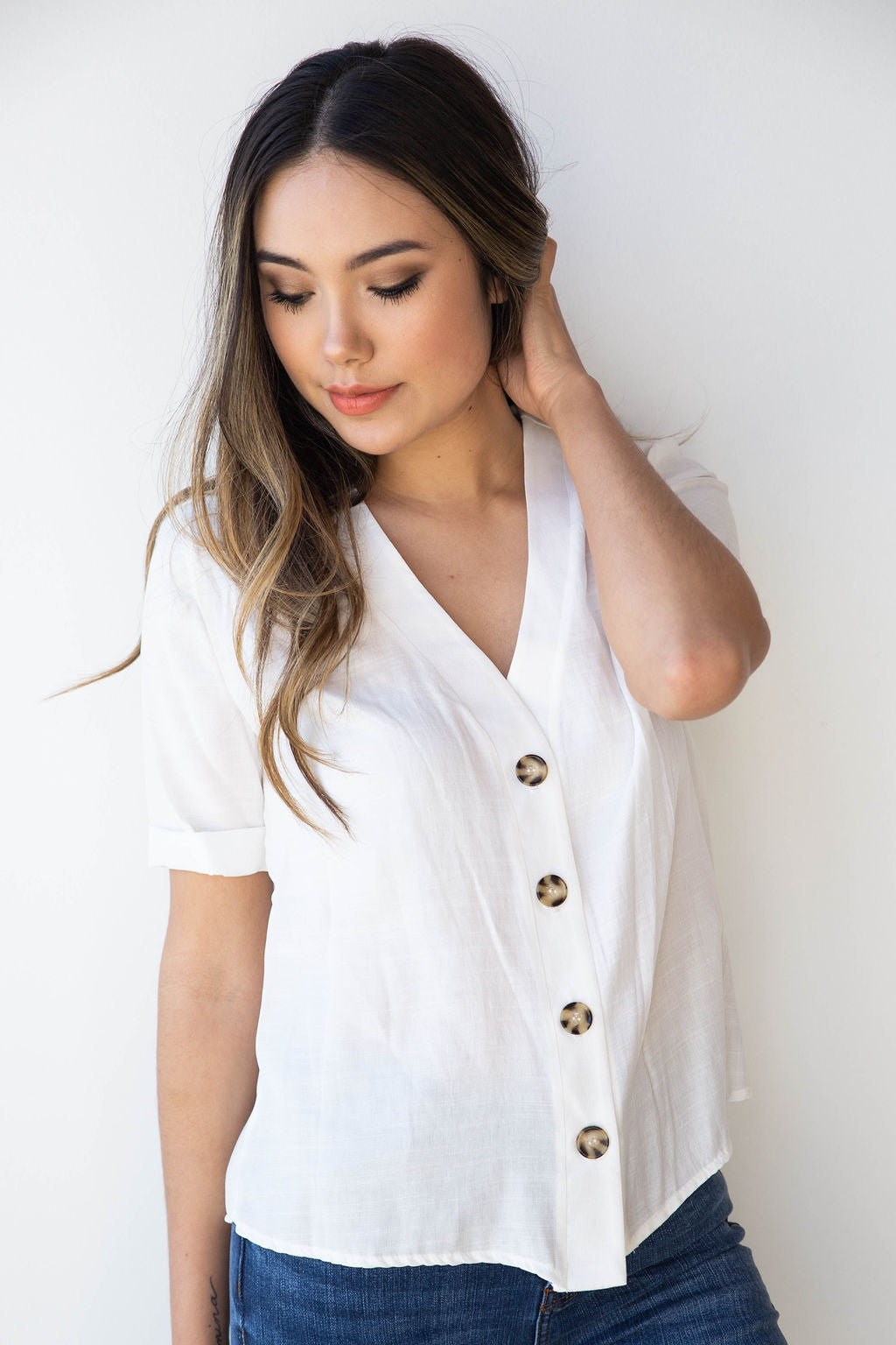 mode, linen button up boxy blouse