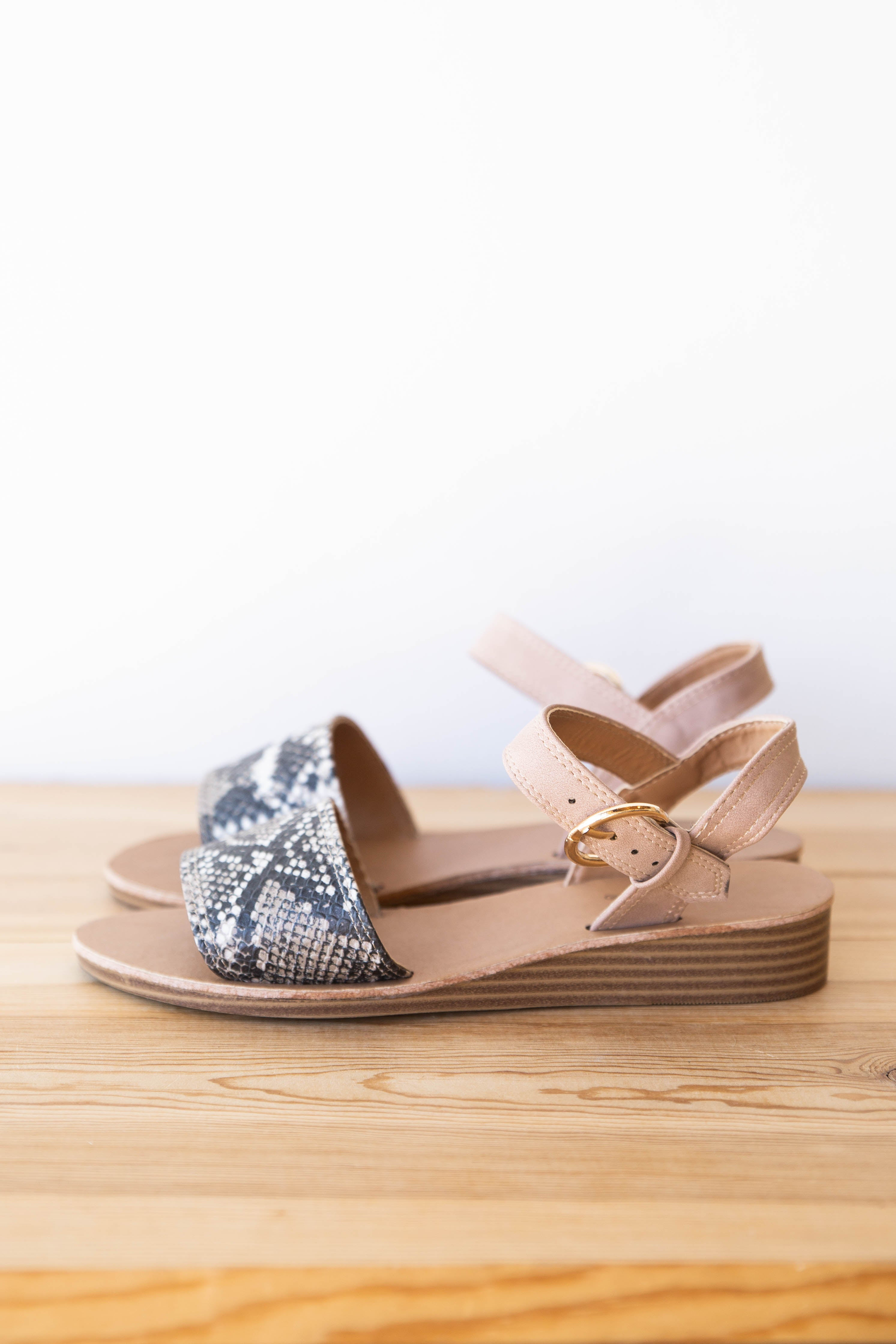 [shop name], picture perfect sandal