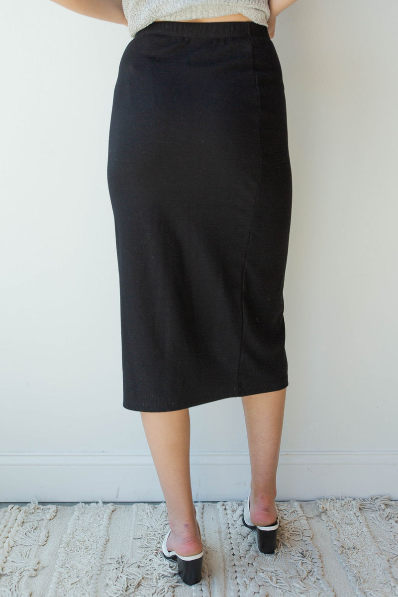mode, ribbed fitted midi skirt
