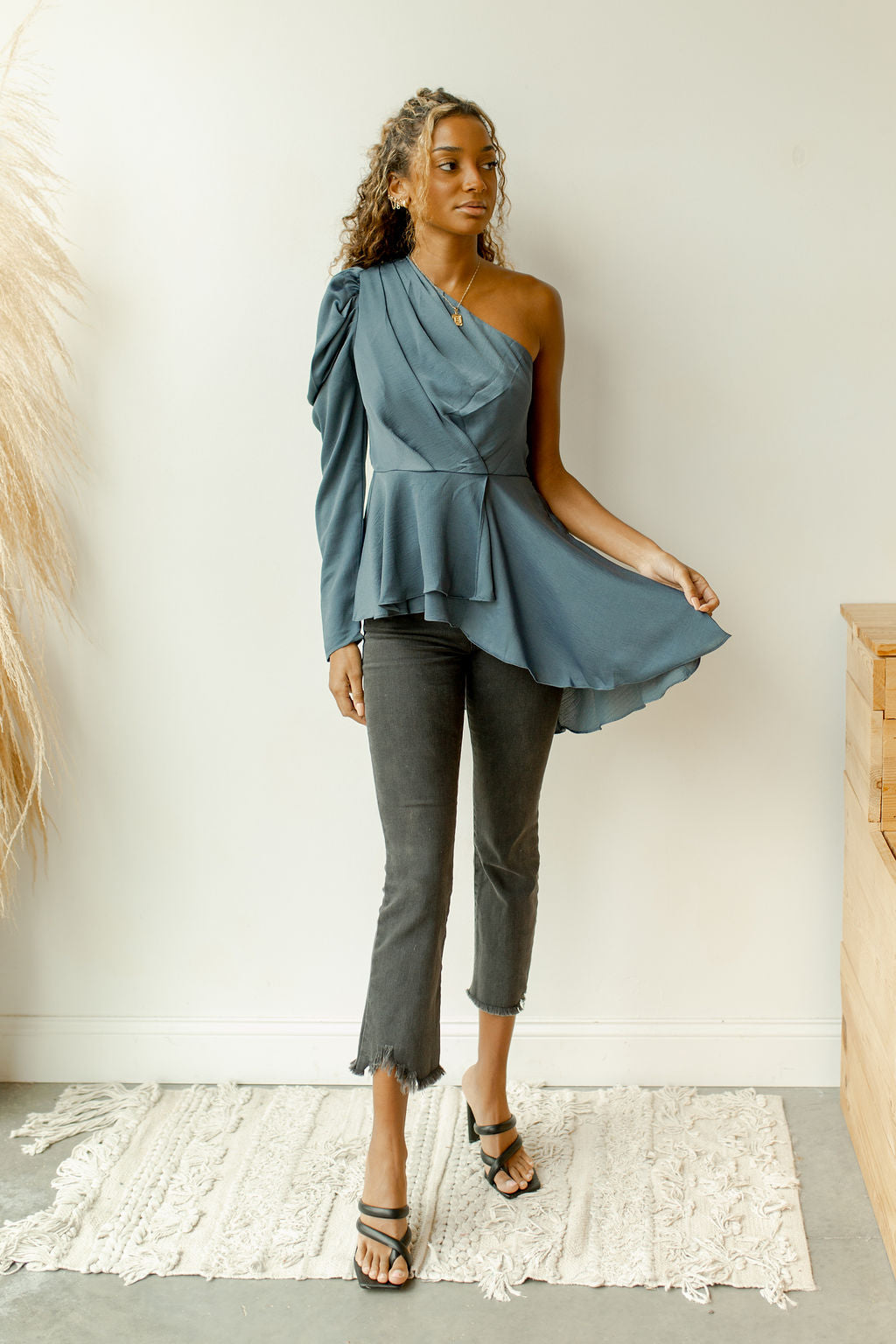 one shoulder peplum flow top