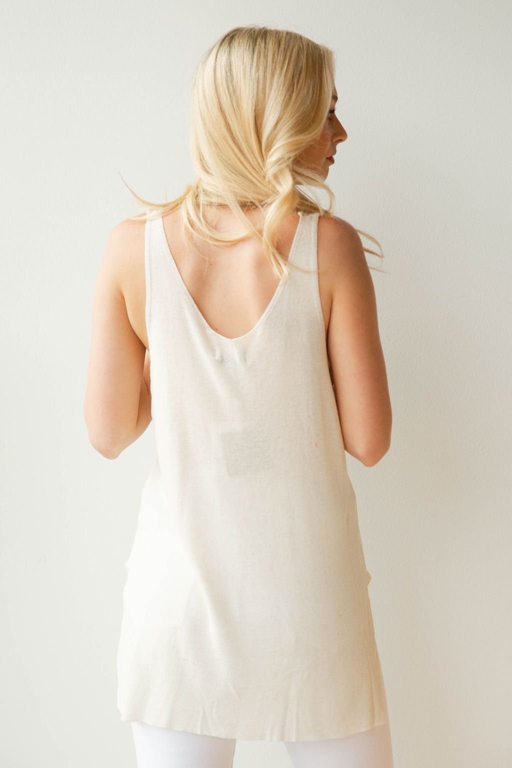mode, light as a feather sleeveless sweater