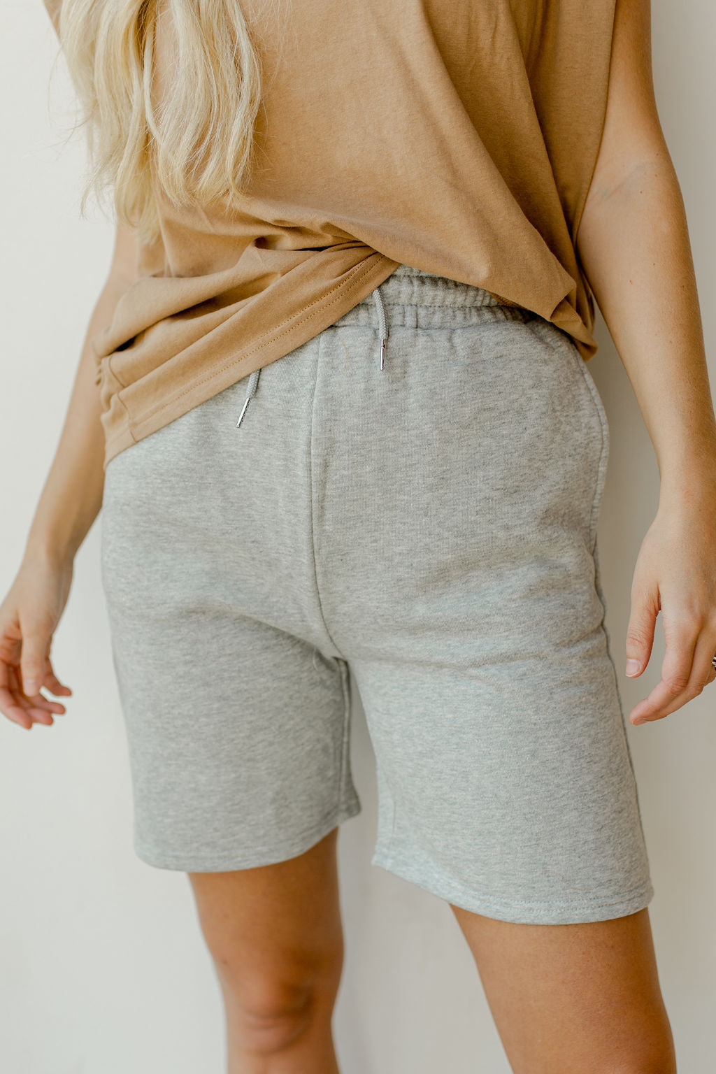 couch days sweatshorts