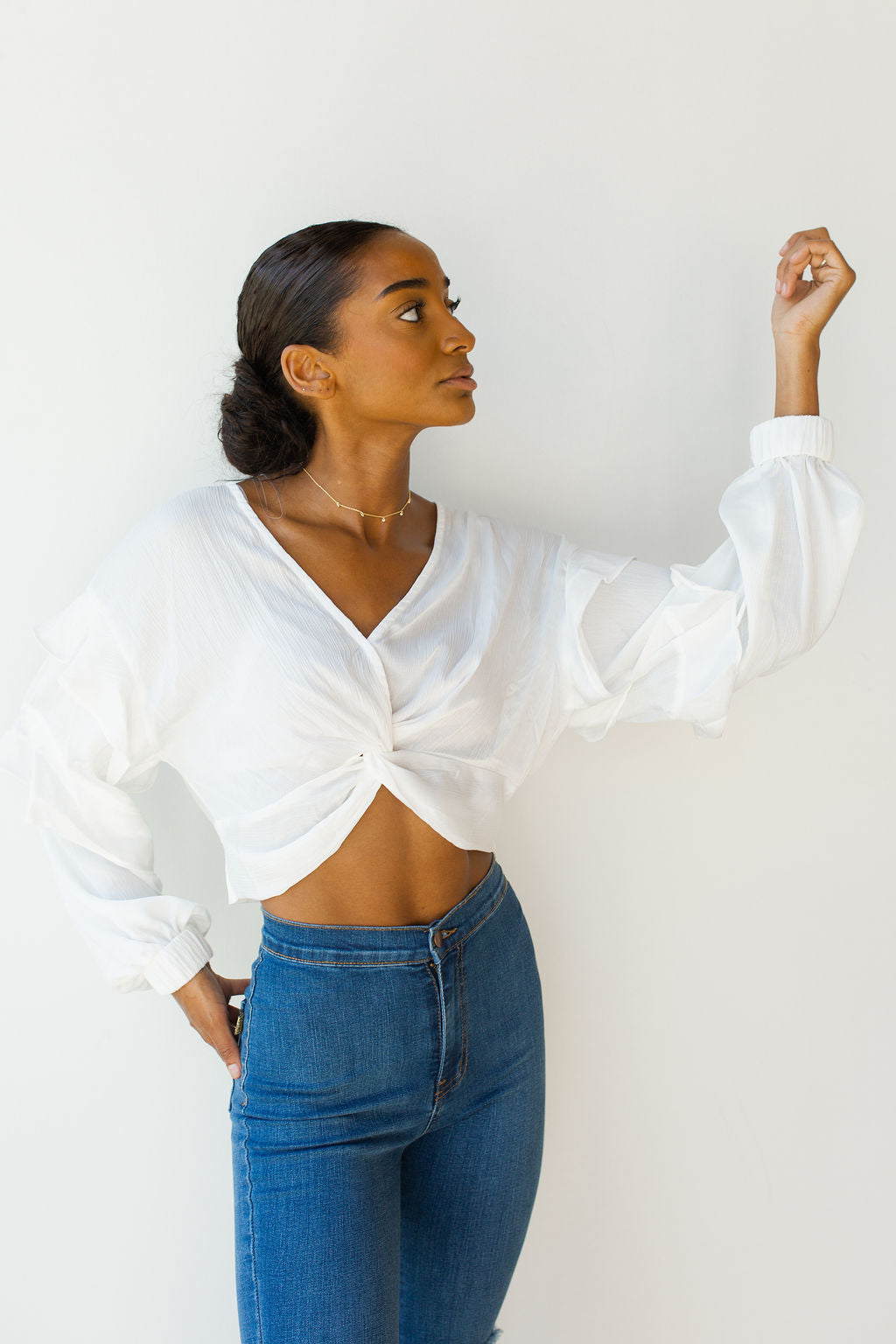 mode, front twist cropped top