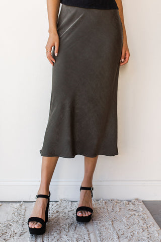 mode, sweet and simple middy skirt