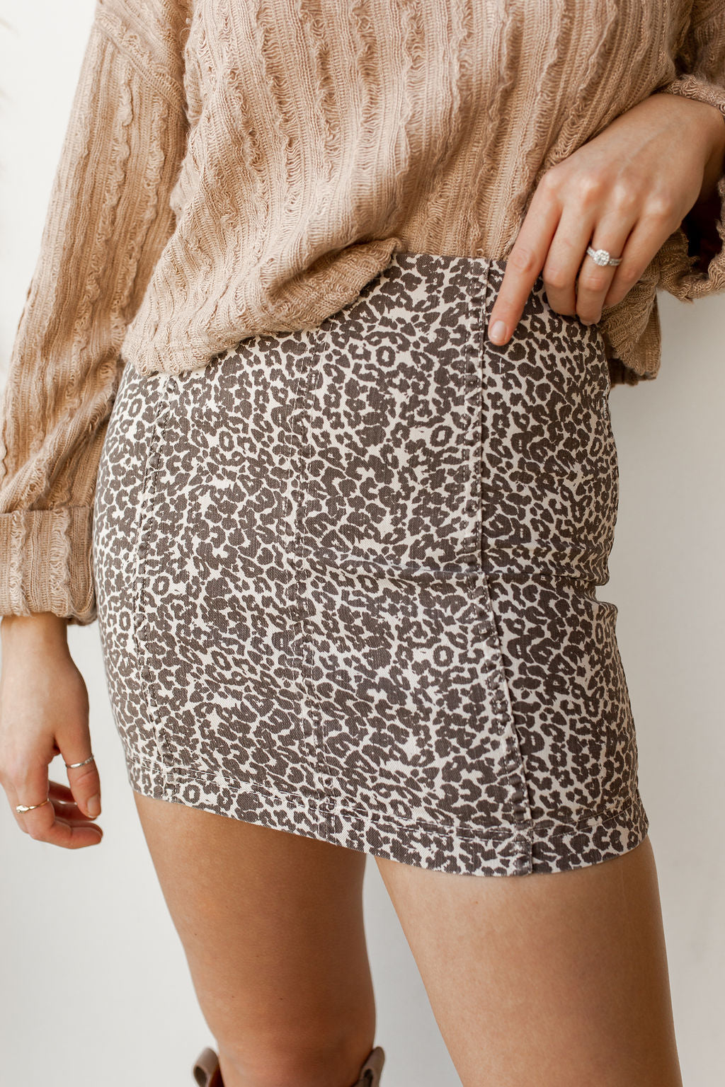 mode, modern femme novelty skirt