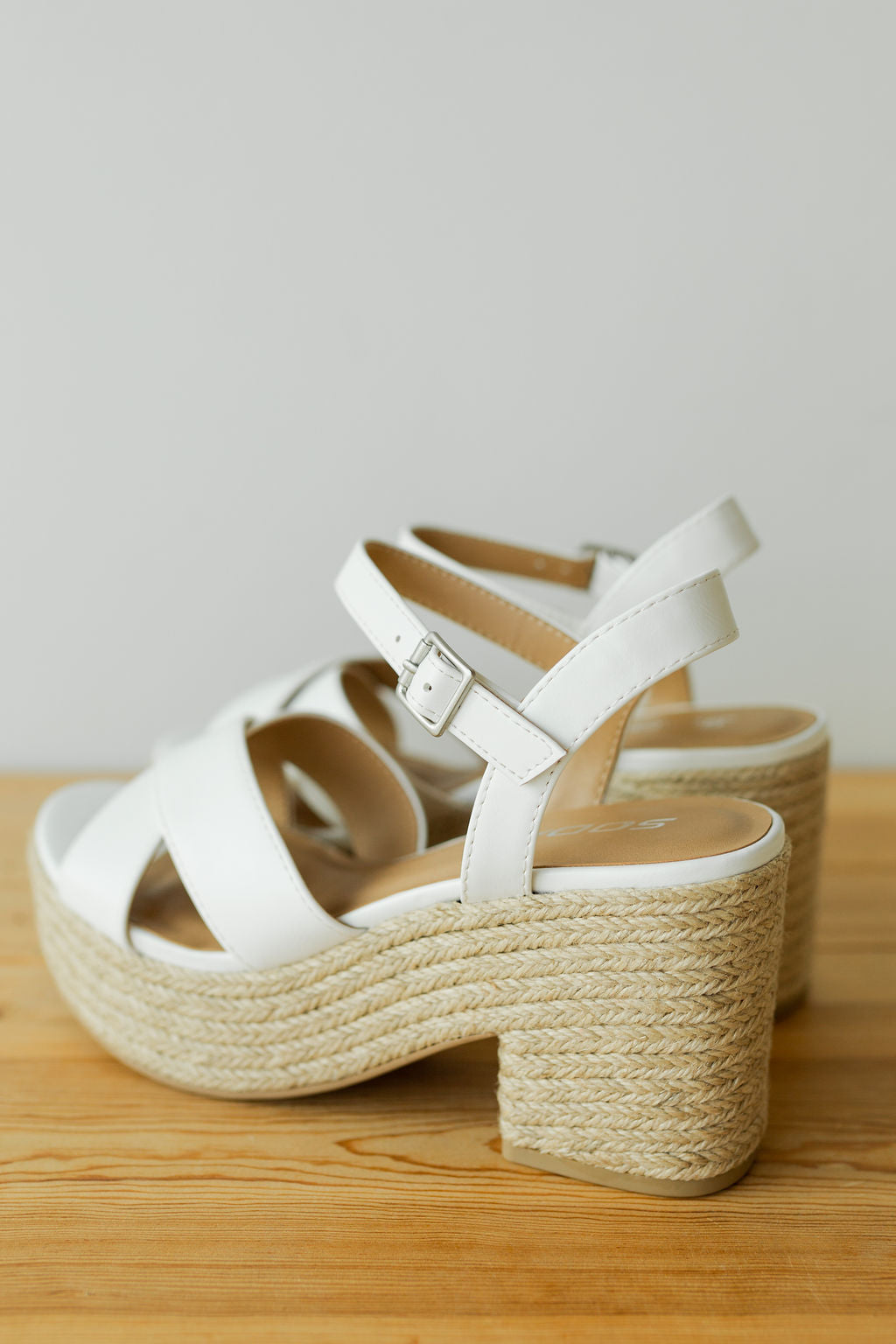 mode, sweet as honey woven platform