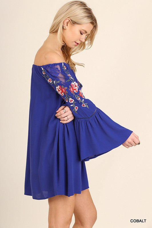 mode, Paradise embroidered dress