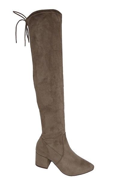 mode, to the point over the knee boot