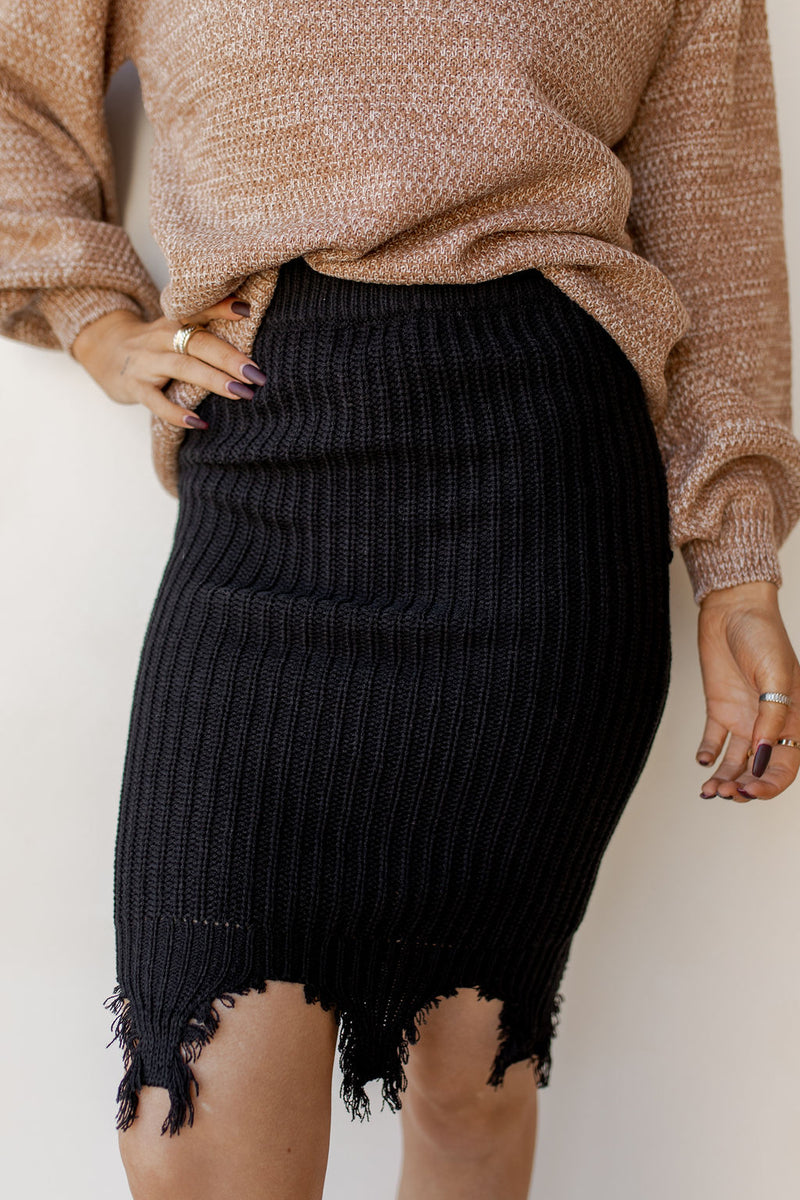 raw hem knit skirt