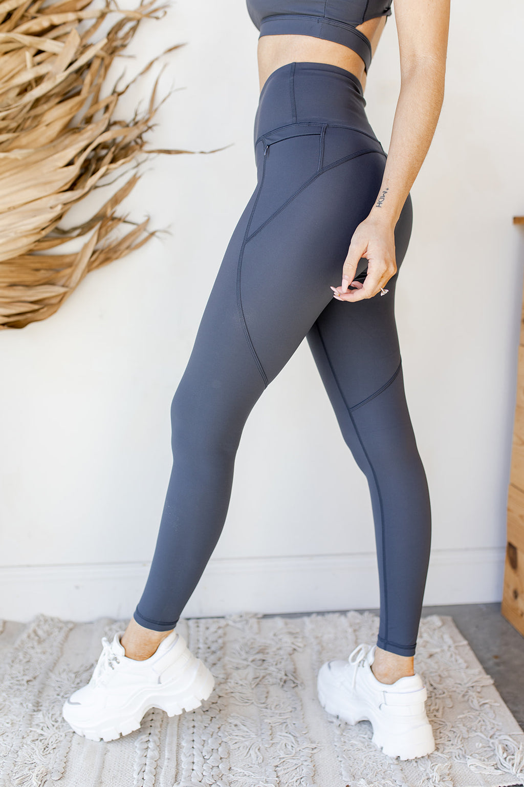 lycra-blend highwaist leggings
