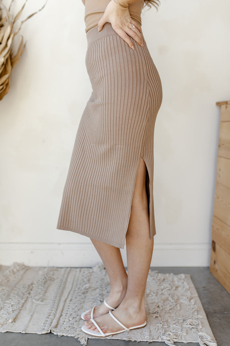 rib knit side slit midi skirt