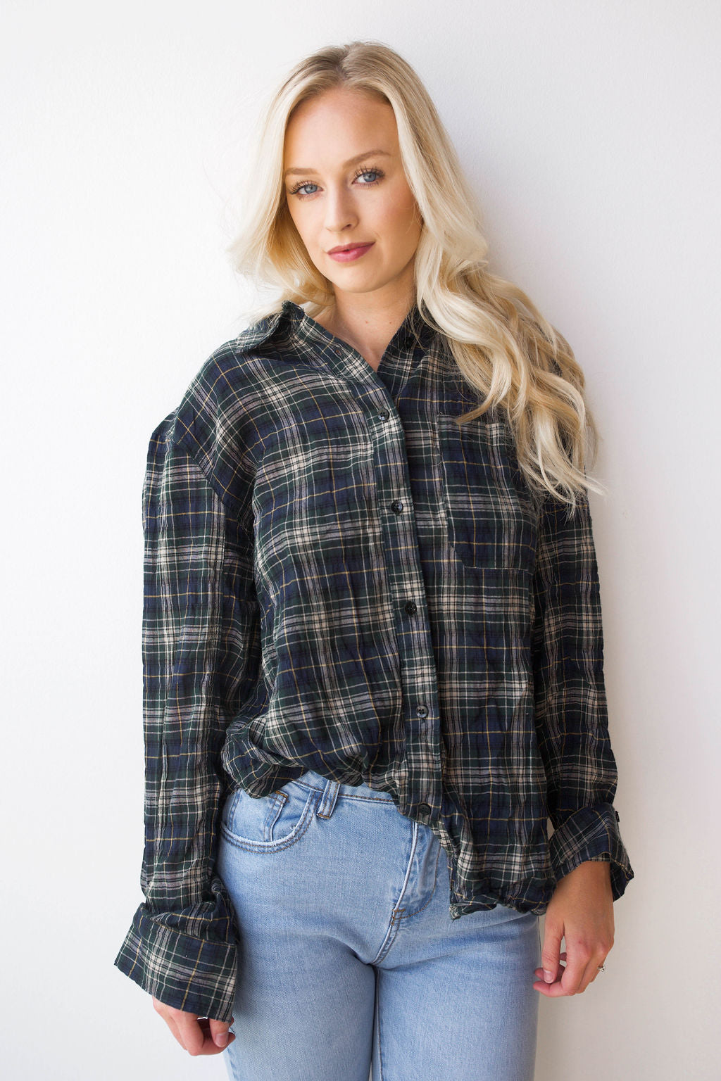 mode, back ties plaid