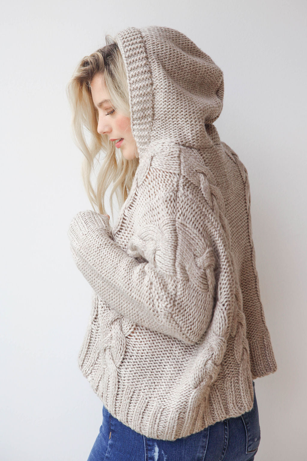 mode, chunky cable cropped hoodie