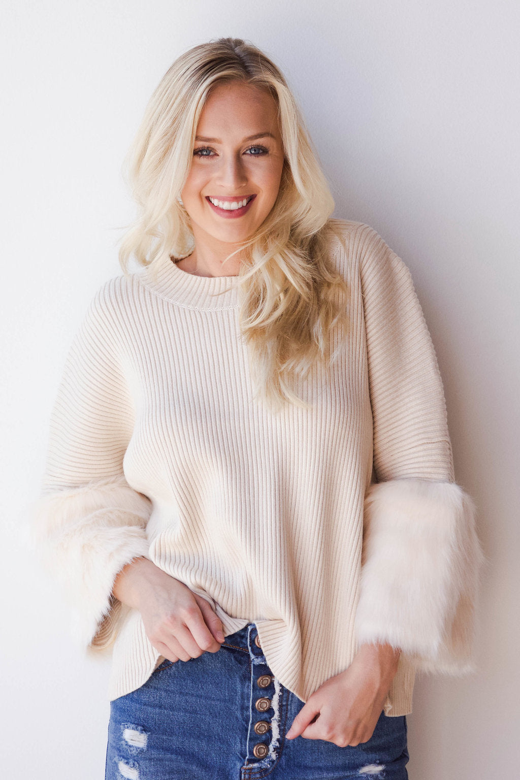 mode, Cammie fur sleeve sweater