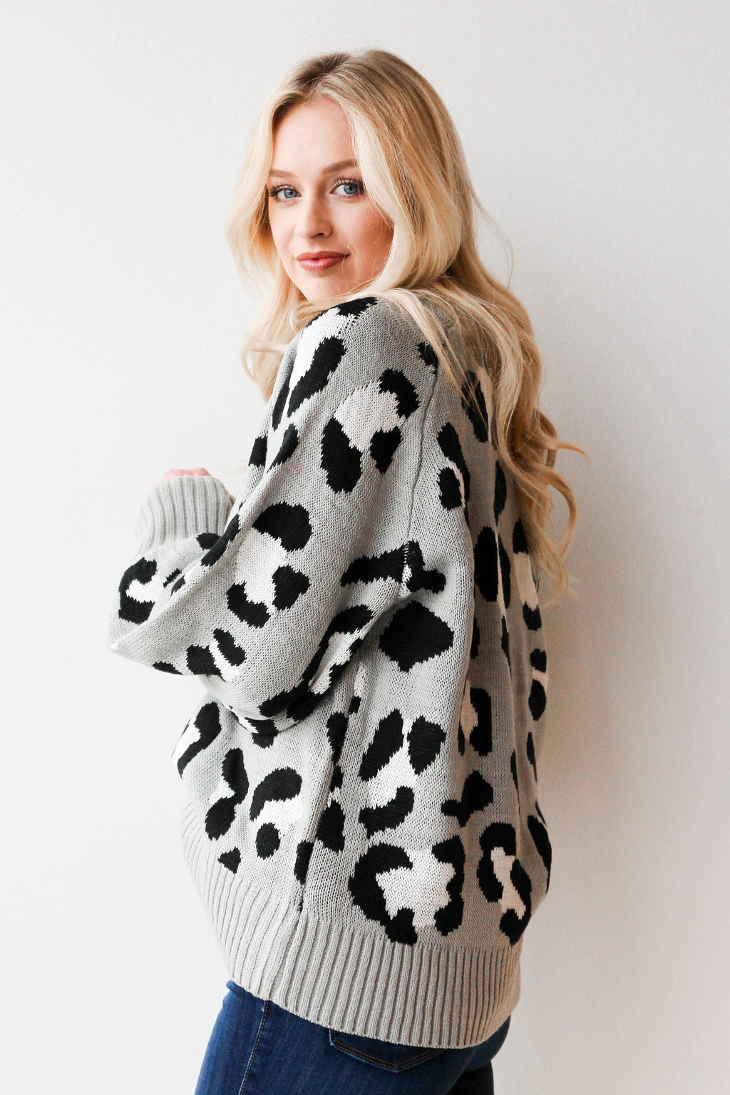 mode, wild giraffe sweater