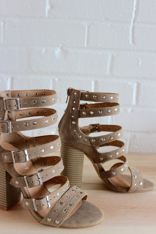 gladiate studded heel