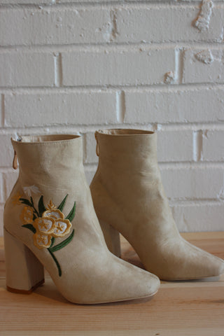 Eva embroidered bootie