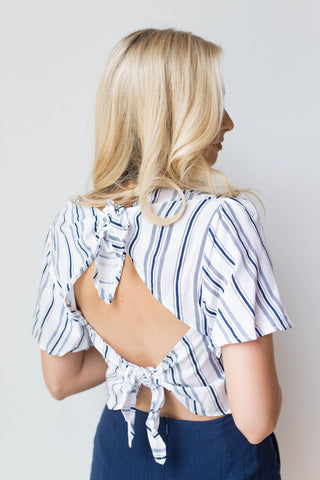 hang out crop blouse