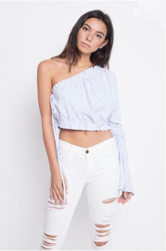 shoulder show crop top