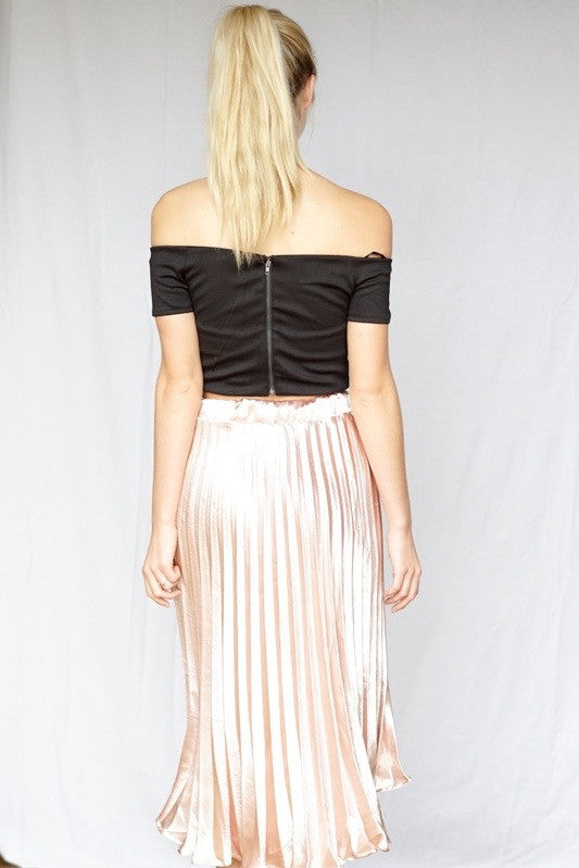mode, Tami off shoulder fitted crop