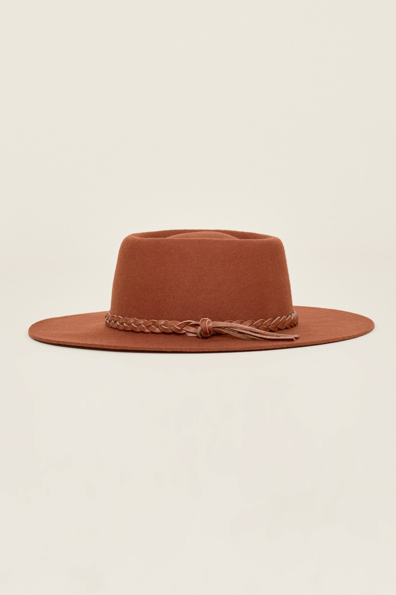 mode, Bordeaux hat