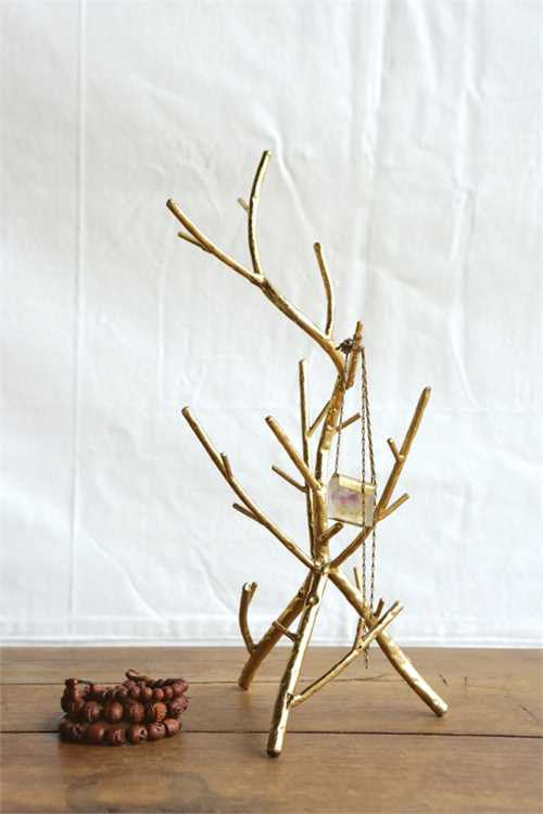 mode, golden branches jewelry holder