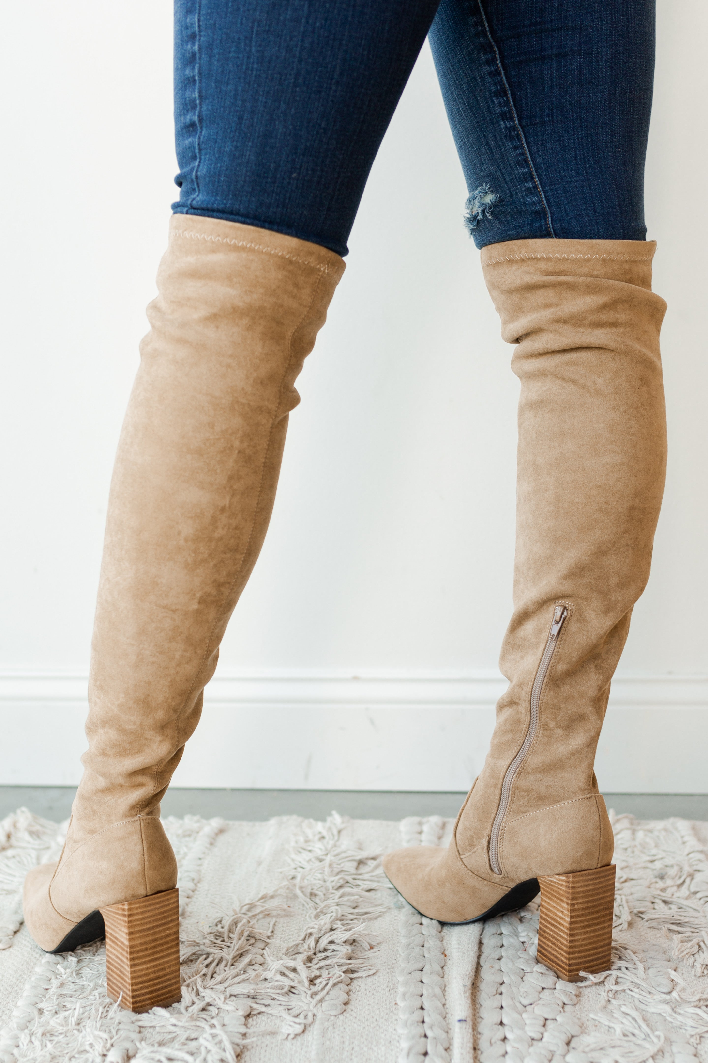 mode, faye over the knee boot