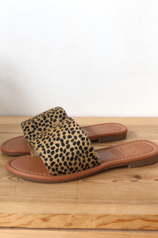 mode, cheetah print sandal
