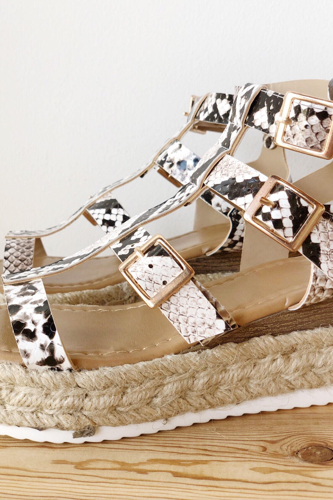mode, on the rise strappy wedge
