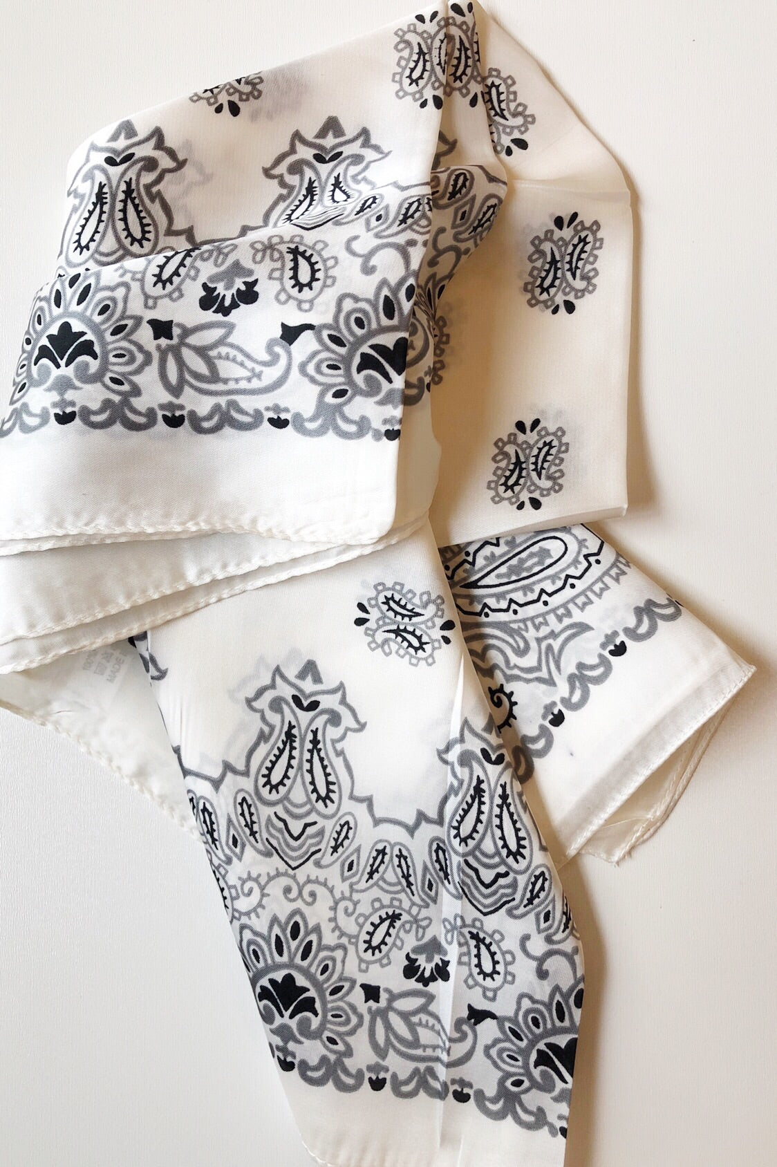 mode, perfect paisley scarf