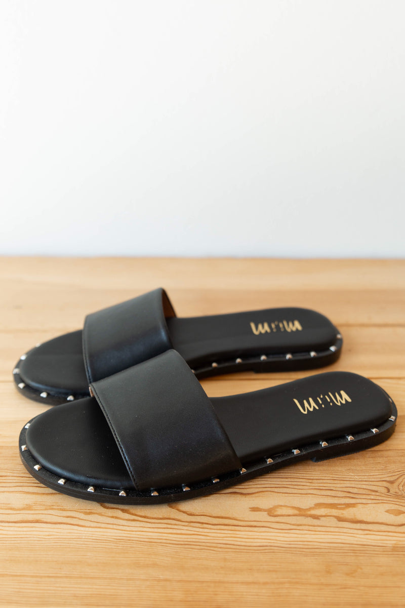 mode, Khloe studded sandal