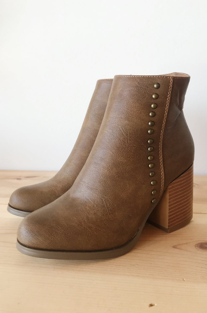 mode, optimism stud bootie