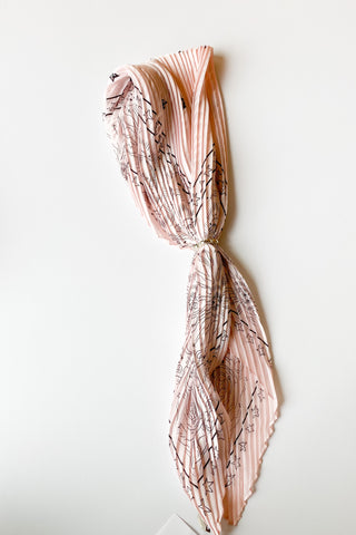 mode, star pleats scarf