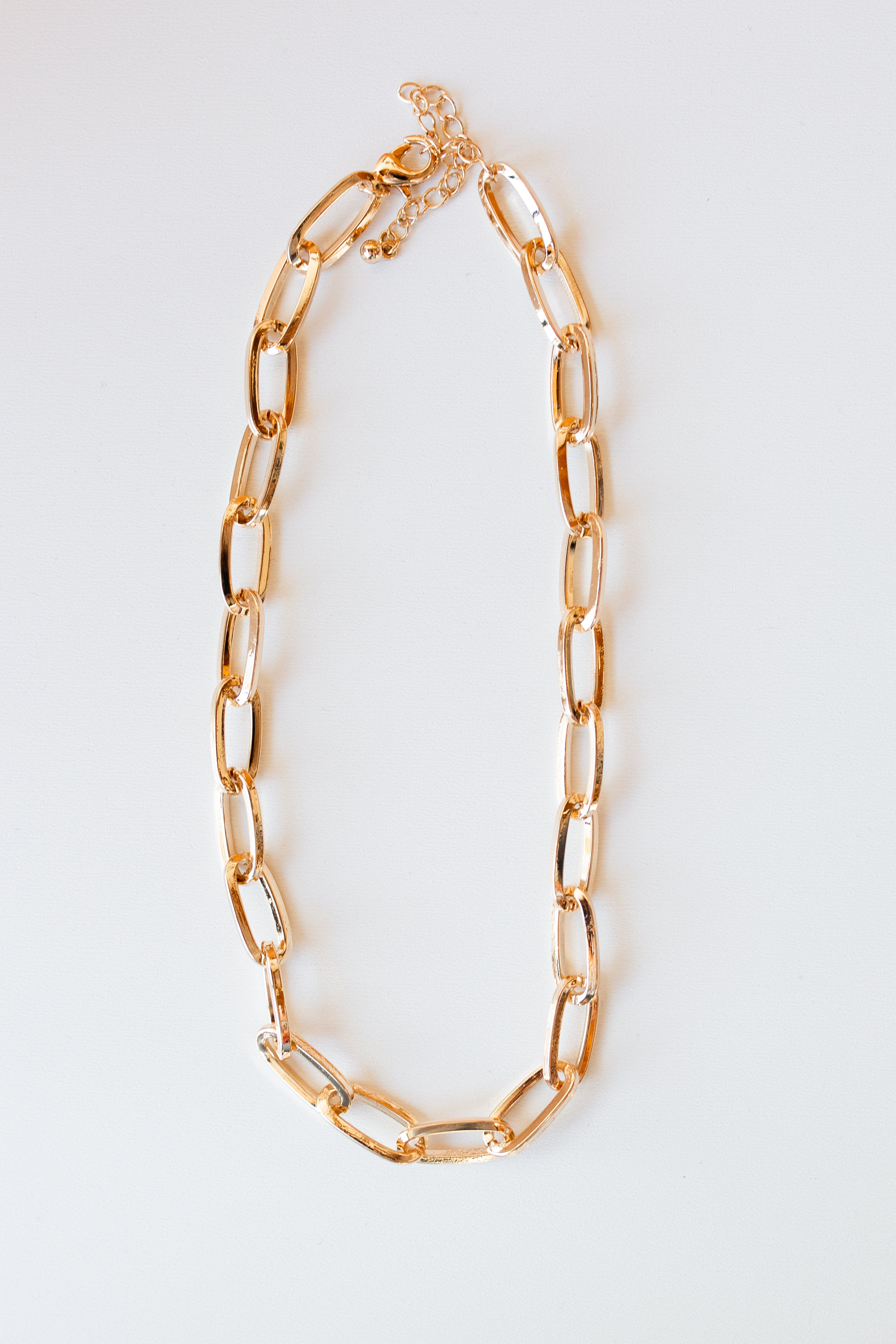 mode, loop chain necklace