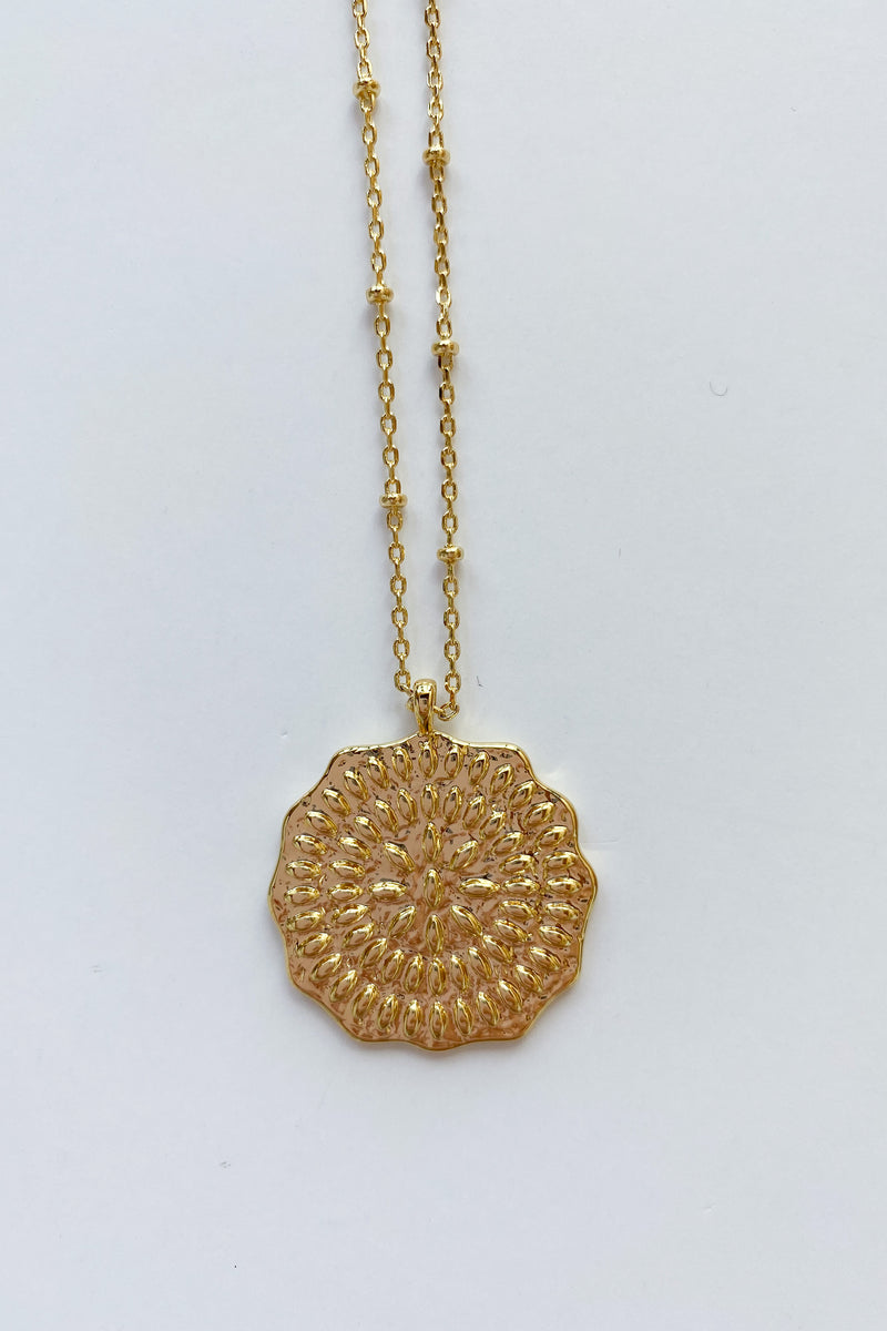 mode, mosaic coin necklace