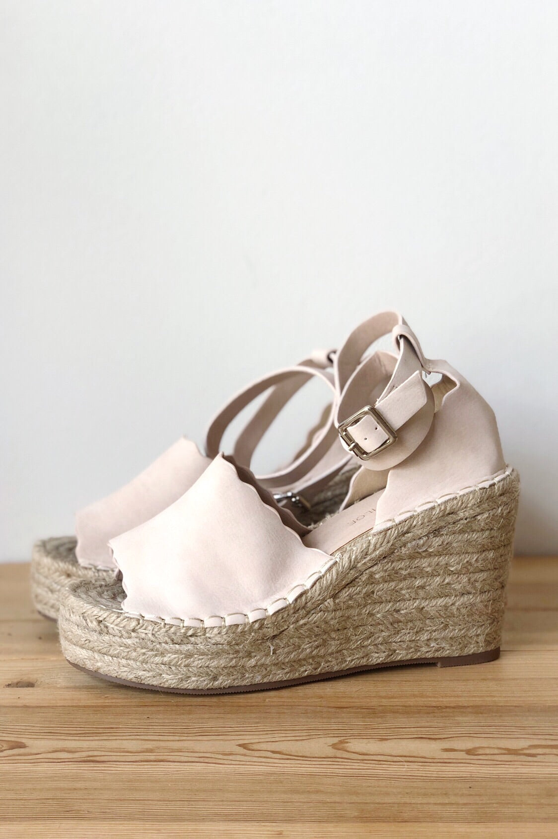 mode, born again wedge solid