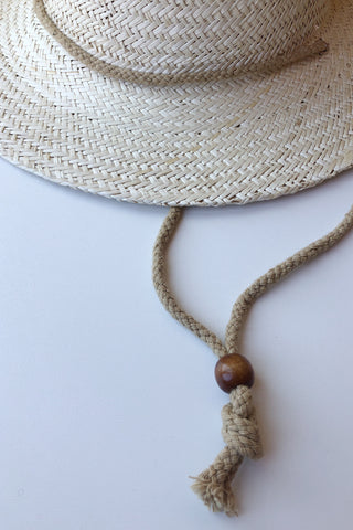 simple sunglass chain