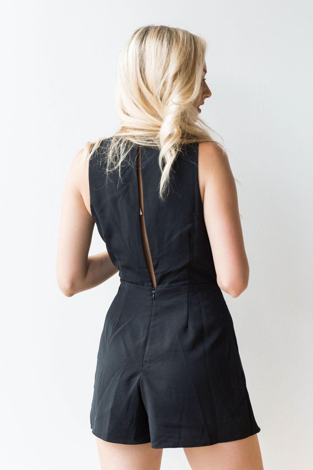 mode, for the occasion back slit romper