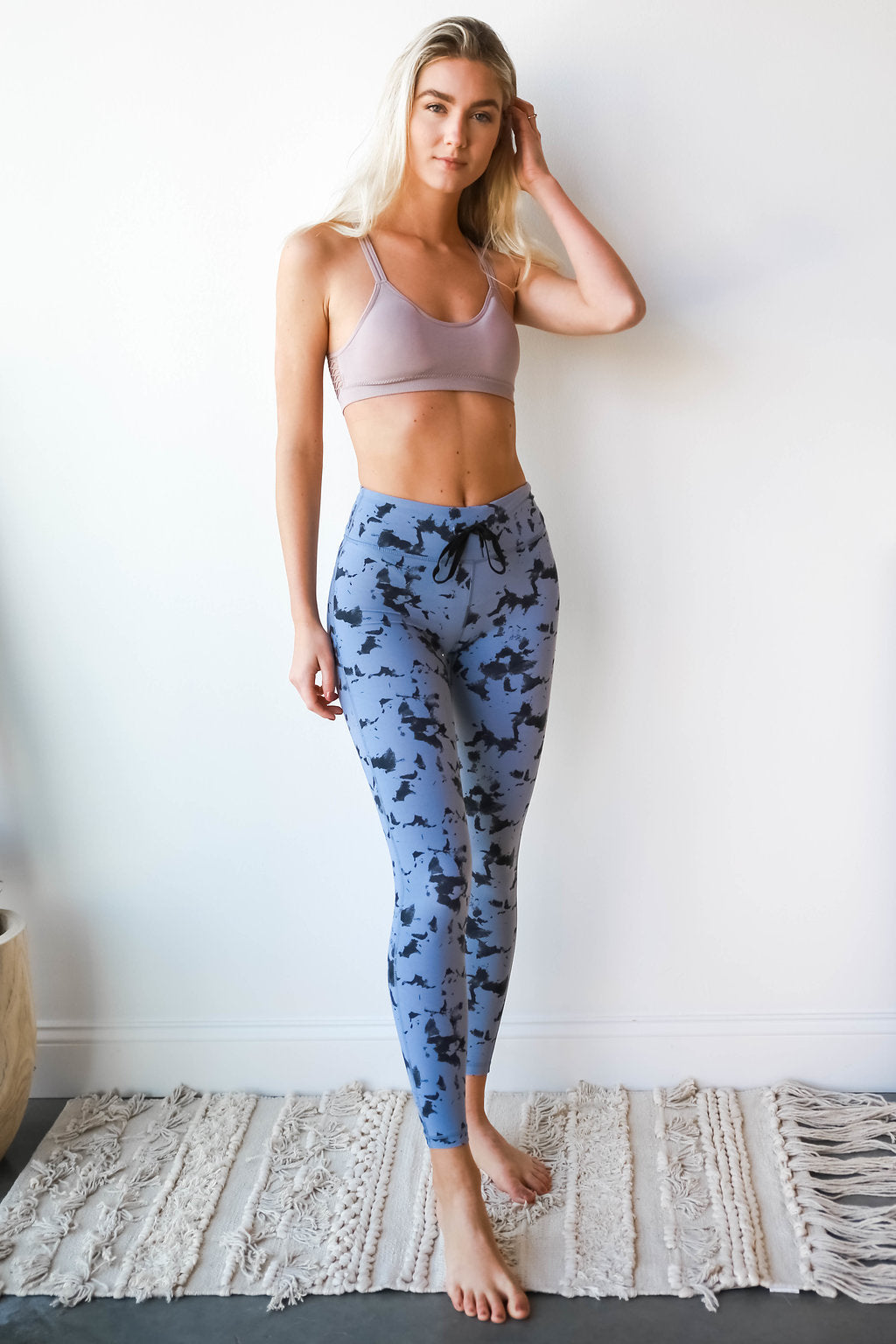 in the clouds yoga pant