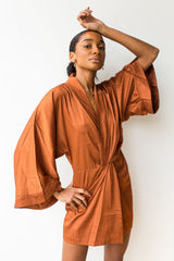 mode, Satin kimono sleeve dress