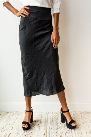 mode, Normani Bias skirt