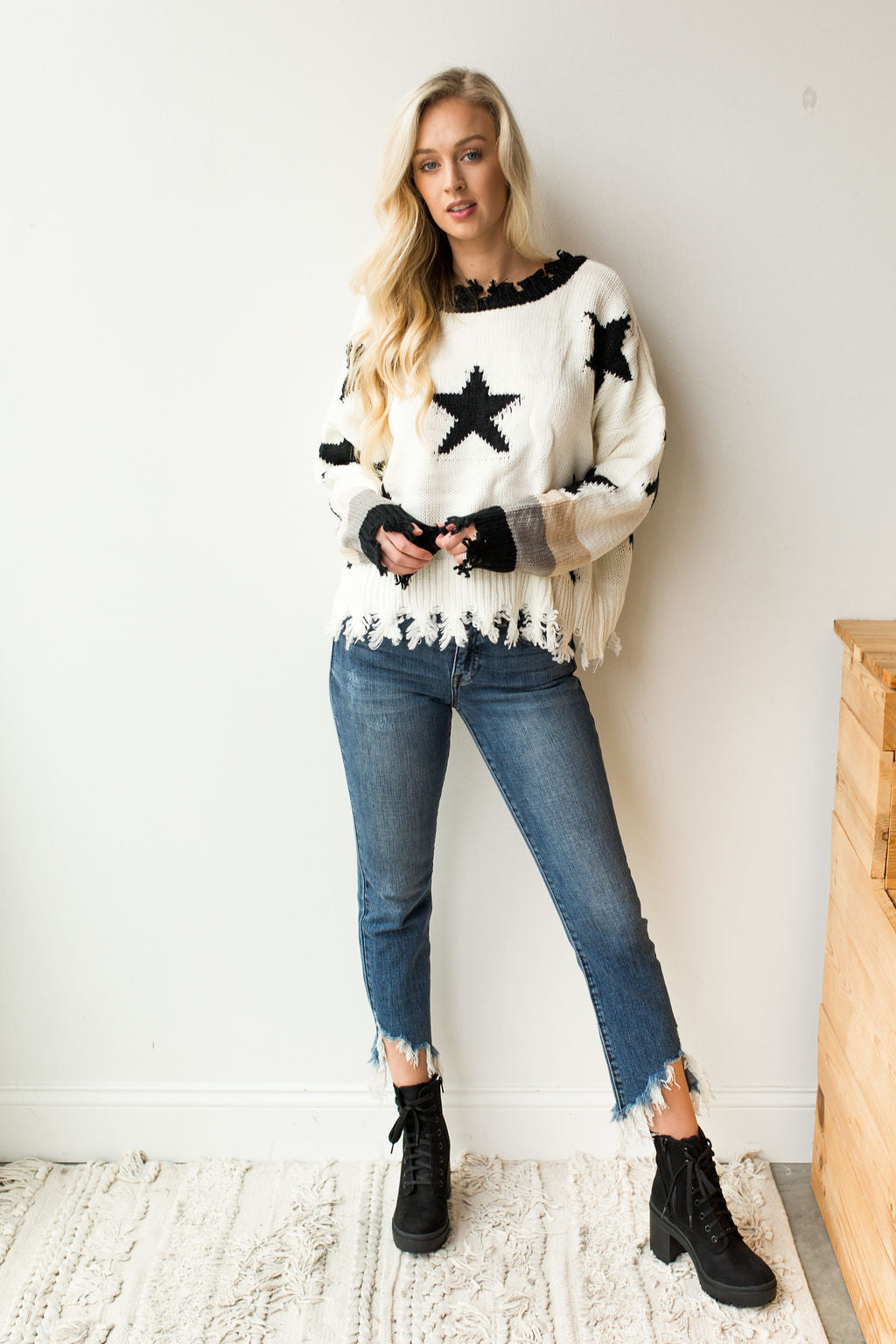 mode, stars in a row sweater