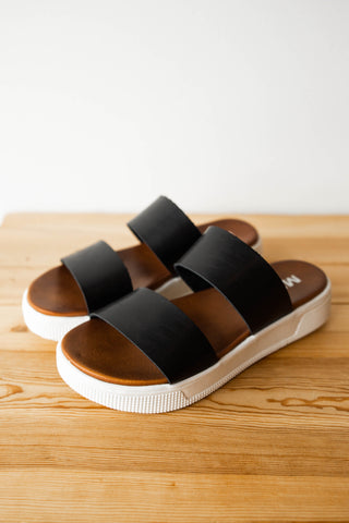 picture perfect sandal