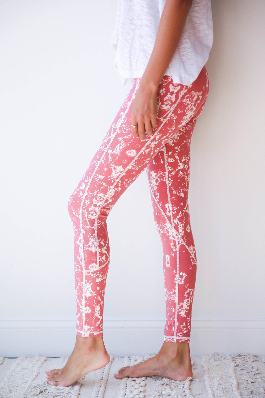 mode, abstract allover leggings